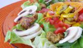 Salade mix en couleurs et poulet épicé… une envie d'été !!!
