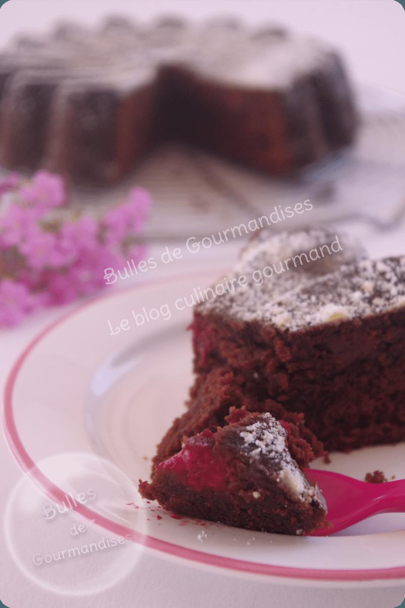 G teau moelleux chocolat framboises bulles de for Moelleux chocolat micro ondes